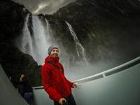 Selfietime - Wasserfall Milford Sound