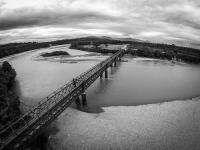 Einspurige Brücke für Züge & Fahrzeuge